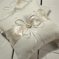 Wholesale Flower Wedding Rings - Hot sell MIC Ivory Ribbon Pearl Wedding Ceremony Satin Ring Bearer Pillow Ring Pillows & Flower Baskets