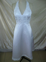 Wholesale Silver Short Wedding Dresses - 2017 Unique halter ivory Applique beaded summer beach short length bridal gowns wedding dresses H402