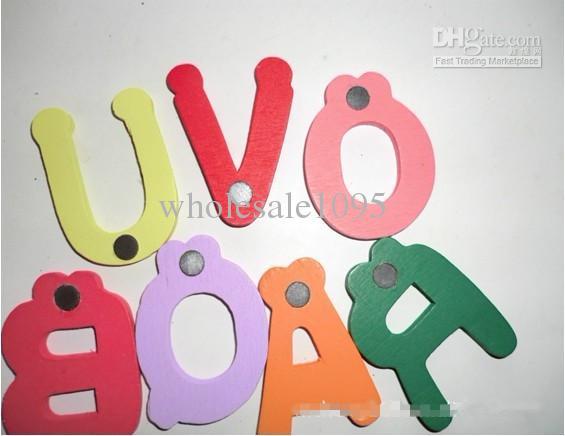 Livraison Gratuite En Bois Coloré Dessin Animé Aimants Pour Réfrigérateur 26 Lettres Adorable Autocollant De Réfrigérateur