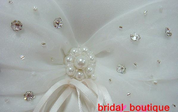 Nouveau pas cher ivoire perlé anneau oreiller mode faveur de mariage haute qualité tissu fournitures de mariage cristal perlé anneau oreillers