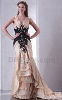 schwarzes kleid goldband großhandel-Elegant Modest 2019 New V-Ausschnitt Gold Satin Black Lace Appliques Mutter der Braut Kleider Abendkleid MD012