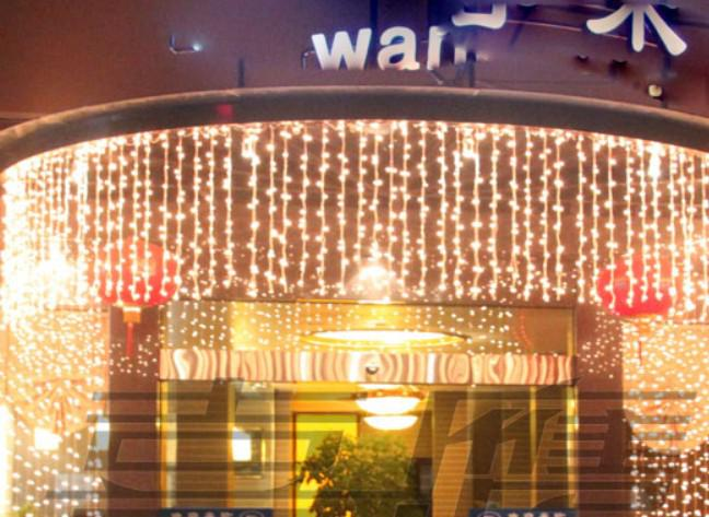 320 luces LED 10 * 0.55 ~ 0.65m Luces de cortina, Luces de adorno de Navidad a prueba de agua, Hada de carámbano de luz led de tira de iluminación Led srtips