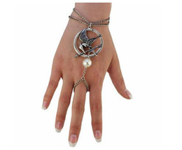 Wholesale Popular Bird - America popular Rings-Bracelets hunger games badge laughed bird-sided three-dimensional Siames