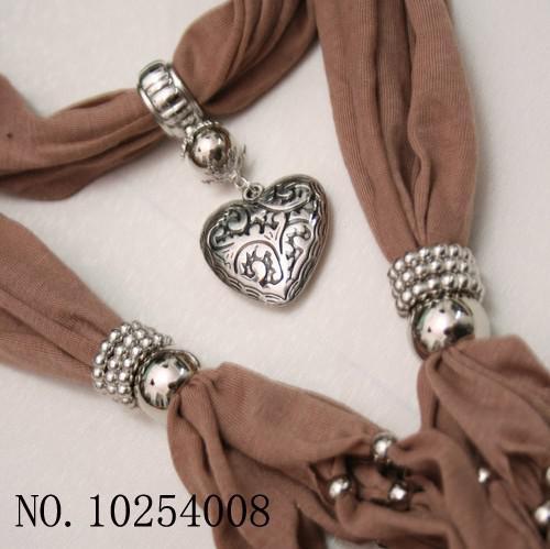Ny mjuk charm hänge halsdukar smycken halsdukar populära smycken halsduk 14 färger gratis skepp