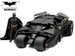 The Dark Knight BATMAN BATMOBILE Tumbler BLACK CAR Giocattoli Vehecle con la figura in Offerta