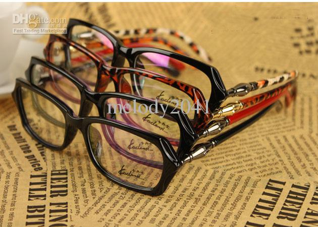 Märke Optiska ramar Fashion Eyeglasses Ram med Clear Lens Bambu Ben Style Gratis Leverans Partihandel Glasögon Butik WD8809