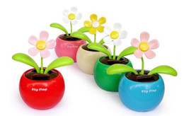 Wholesale Solar Flip - 100pcs lot With Retail Package Flip Swing Flap Solar Sun Powered Flower Car Toy Gift Free Shipping 0001