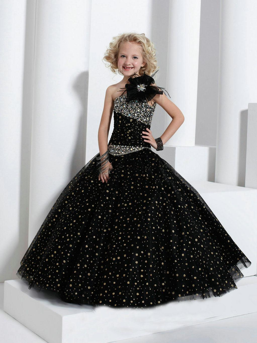 Vacker Ball GownBlack Beading One Shoulder Girl's Pageant Gowns Flg033