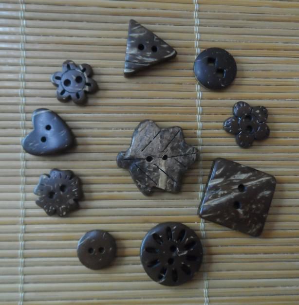 Botões de coco botões de venda mista artesanato costura botões de madeira FRETE GRÁTIS