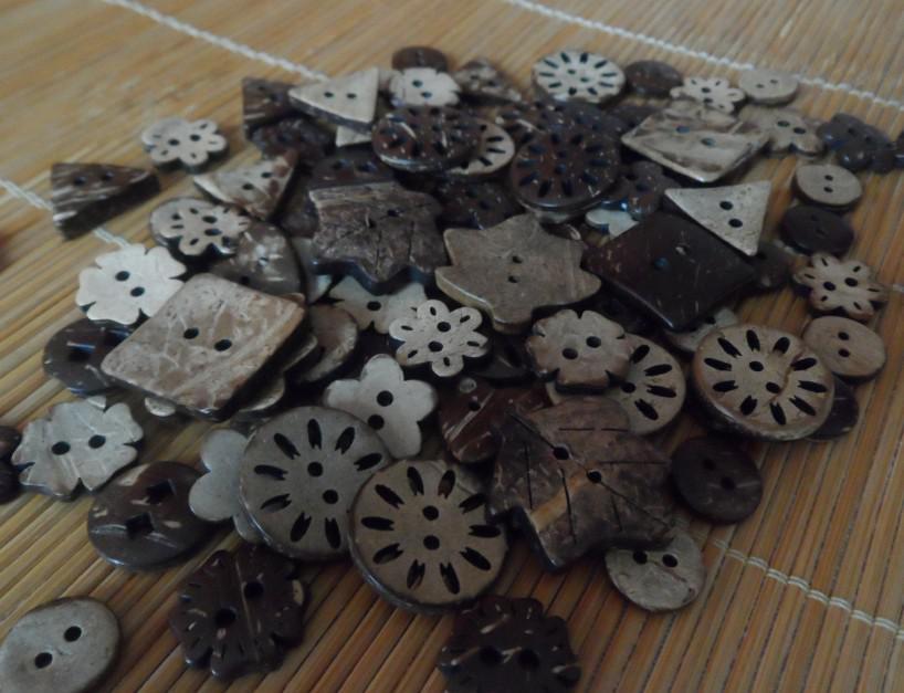 Kokosnötknappar Blandade Försäljningsknappar Hantverk Sömnadsknappar Träfri frakt
