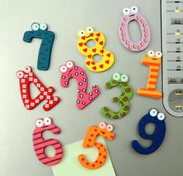 2019 nevera individual Juguetes educativos para bebés 200ps Color imán refrigerador de madera mensaje Clip childen's Cute Digital imán refrigerador de madera etiqueta
