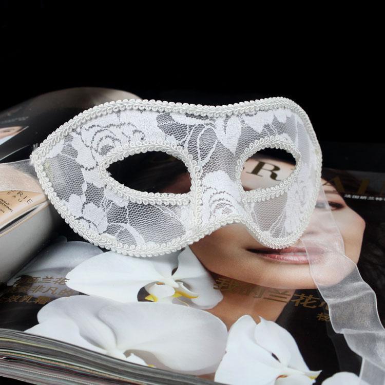 Cadılar bayramı Masquerade Maskeleri Seksi Yarım Yüz Maskesi Saydam Dantel Venedik Kadınlar Maske Karnaval Parti Maskeleri Siyah Beyaz Kırmızı EMS ücre ...