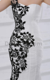 Wholesale Fitted One Shoulder Sexy Dress - Black and White Wedding Dresses One Shoulder Lace Flowers Fit N Flare Tulle Bridal Gowns 90 dhyz 01