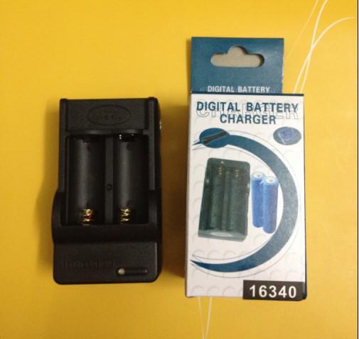 Bateria frete grátis + Digital AC carregador de parede casa para 16340 / CR123A 3.7V recarregável Li-ion Battery