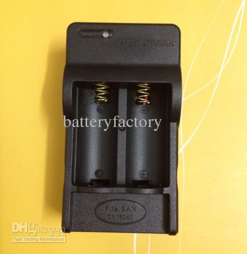 de Ultrafire RCR123A recargable 3.6V 16340 LED linterna antorcha cargador de batería