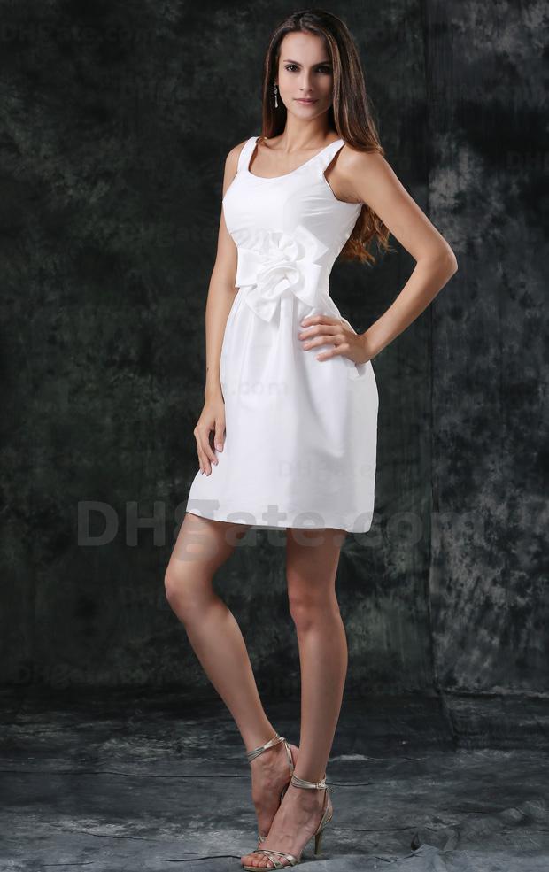 Pequeño vestido blanco atractivo Vestido de boda Vestido de novia de playa Vestidos de novia Escote redondo Flores hechas a mano 100 dhyz 01