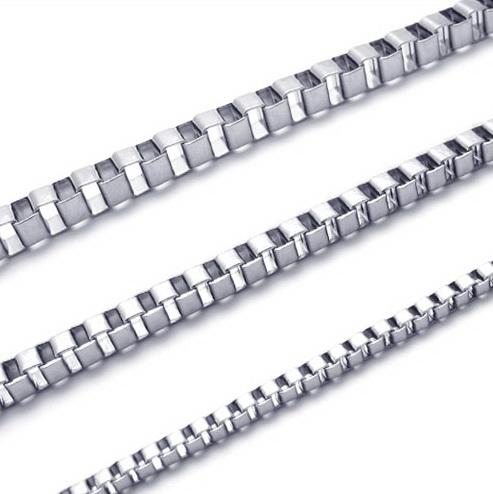 Högkvalitativ 20 '' - 28 tums rostfritt stålkedja 316L Halsbandskedjor 20PC per artikel 3.0mm mode