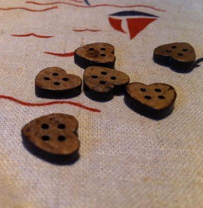 11mm 200pcs / lot Natural Coconut Shell Button Heart-vormige gratis verzending