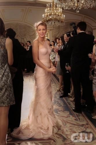 blair`s bridesmaid dress gossip girl celebrity dress