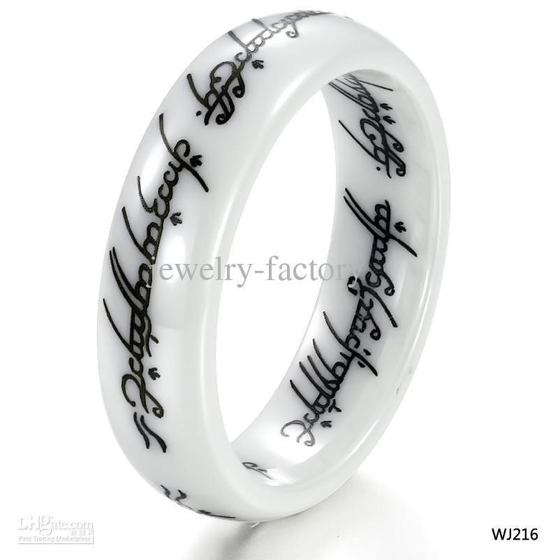 Compre anillo de moda el señor de los anillos anillos de cerámica blanca cerams joyas 216 tipo de anillos barato online a precio mayorista de China confiable an