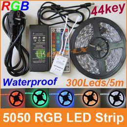 Xmas LED Strip RGB 5050 luz led 300leds 5M + 44 teclas mando a distancia + adaptador de corriente Envío gratis 01 desde fabricantes