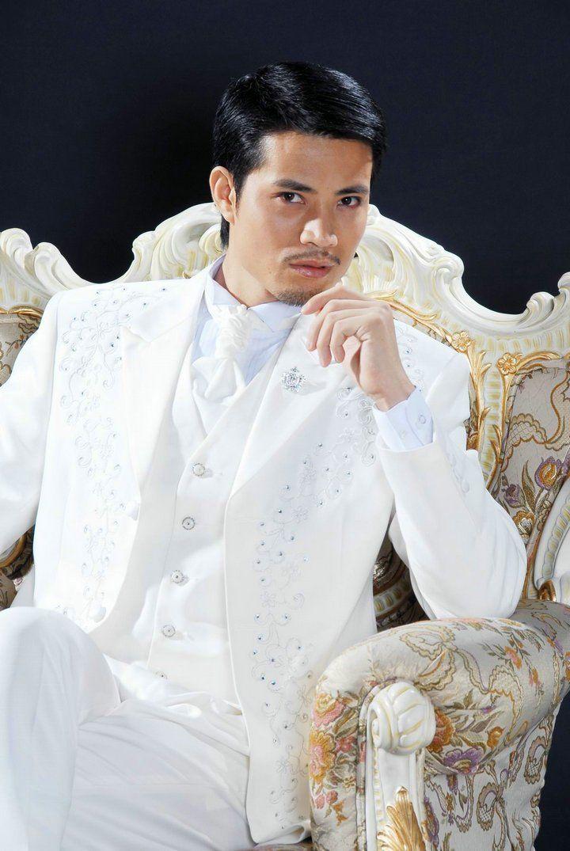 Customize White Embroidery Groom Tuxedos Groomsmen Men Wedding Blazer Business Suits Dress Suits Jacket+Pants+Vest+Tie BM:773