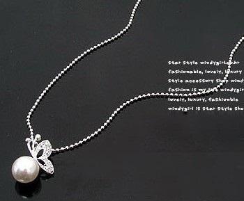 12セットホワイトパールクリスタルバタフライスタッド結婚式のビーズのネックレスイヤリングセット