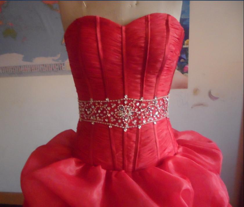 2017 Utsökt Sweetheart Prom-kappor Hi-Lo Beads Sequin Satin Evening Dresses Vestidos de Noiva Snabb leverans