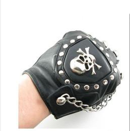 50pcs / lot neue heiße W6 Punk Stud, Kreuz n Kette Leder fingerlose Handschuhe Schädel + Kette Großhandel