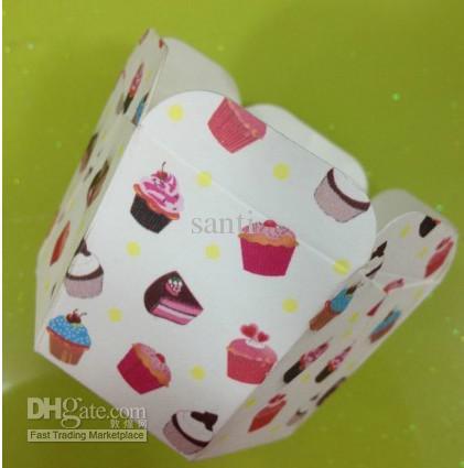 新しい到着六角紙ケーキカップ、マフィンカップケーキケース、ベーキングカップ、ケーキホルダー