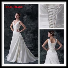 2015 une ligne V décolleté plis robes de mariée en satin étage longueur tribunal train robe de mariée BY026