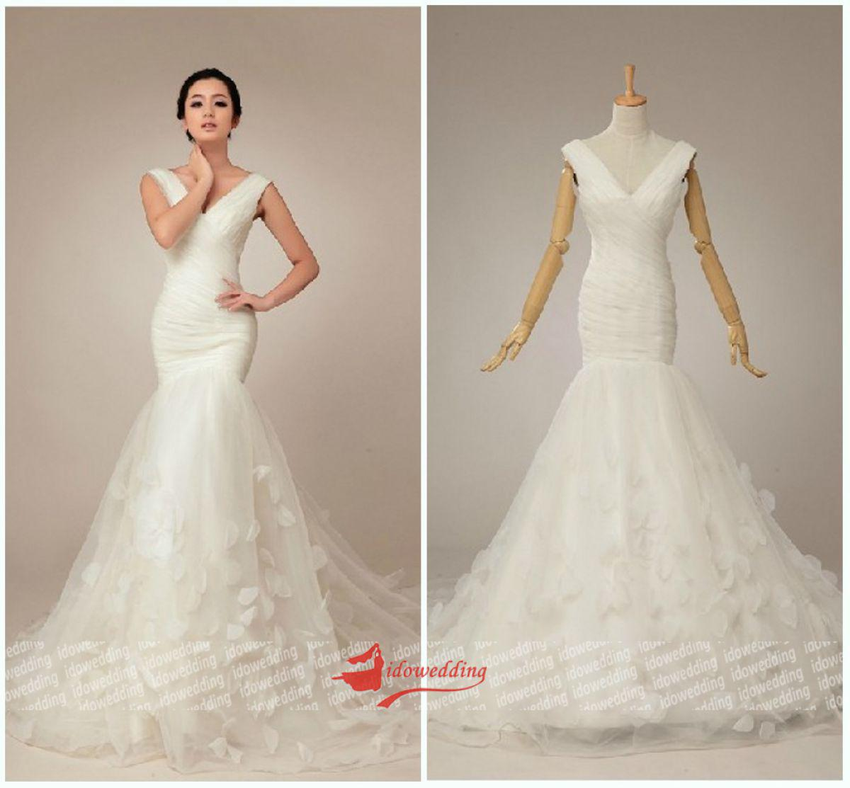 Temperament Design Mermaid V Neck Pleat Leaf Pattern Court Train ...