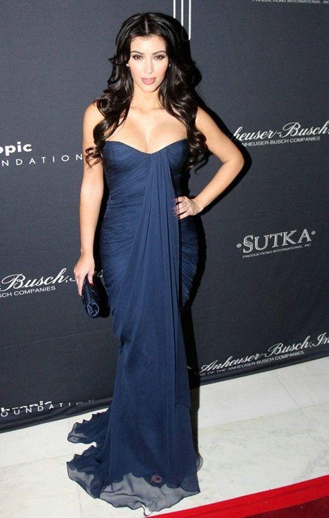 Großhandel Kim Kardashian Trägerloses Langes Blaues Chiffon Promi ...