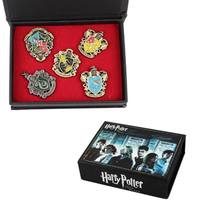 1 kutuda Yeni Harry Potter Hogwarts Evi Metal Pin Badge 1 set = 5 adet