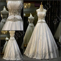 Wholesale Embroidered Strapless Dresses - Hot sales Strapless Applique Crystals Embroider bride dress Shinning Crystal Beaded wedding dresses A-line wedding gowns Custom Made