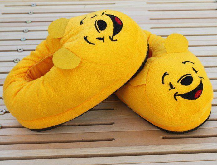 a44106925078 Compre Animal Del Dibujo Animado Amarillo Winnie La Cubierta Del Oso Pooh  Talón Del Deslizador Zapatillas Zapatos De Invierno Cálido A  7.07 Del ...