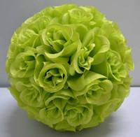 ingrosso palla artificiale verde del fiore di rosa-2019 seta baciare le rose palla fiore fiore di seta artificiale palla 30 centimetri diametro di colore verde