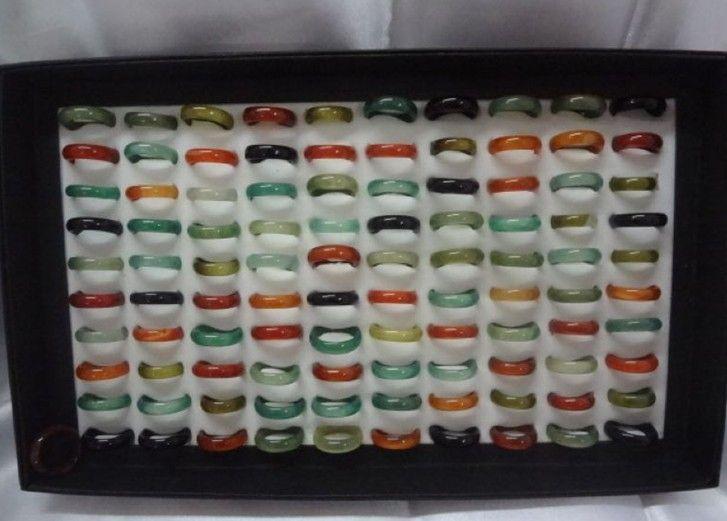 Procesamiento de acciones de bajo precio 50pcs Anillo de ágata natural colorido Anillo de piedra preciosa de ágata 6MM