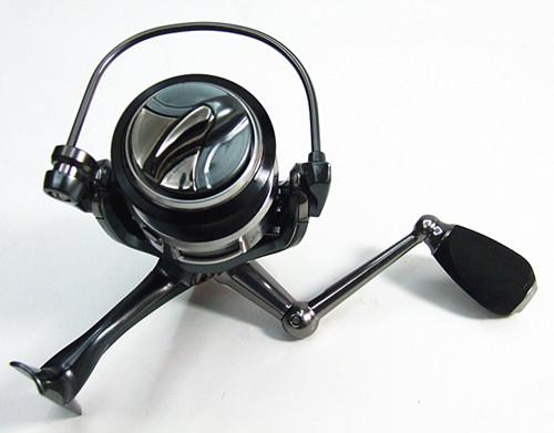 1000,2000,3000,4000 Fishing Reels Spinning Reel Bait Casting Reel Fishing Tackle 9+1BB Gear ratio 5.2:1 mirror grey