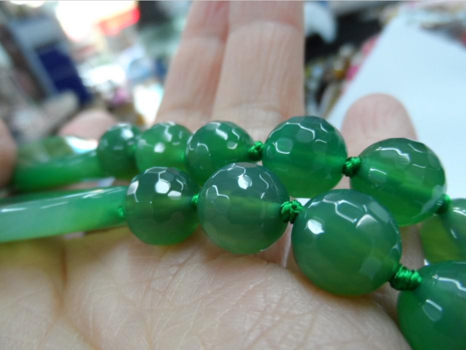 Pietra naturale di moda generosa agata verde intagliare perle di superficie gioielli collana tablet agata 5 pz