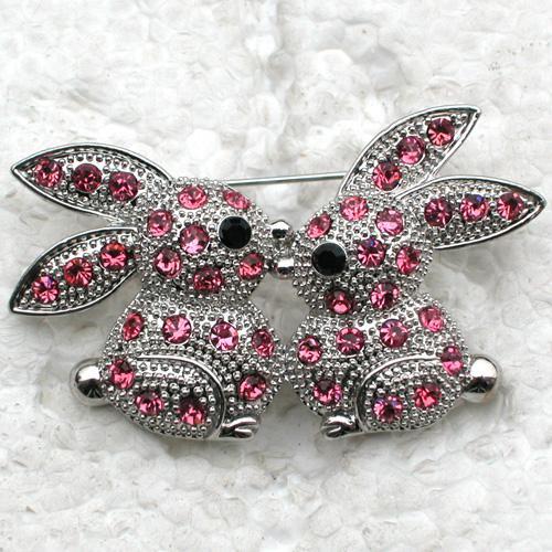 Wholesale Crystal Rhinestone Love Bunny Kiss Brooch Fashion Costume Pin Brooch jewelry gift C837
