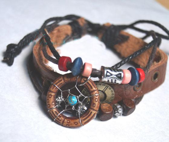 New Arrival Handmade Indian Dream Catcher Bracelet With Wooden Beads Pu Leather Women Jewelry Legend Style Girls