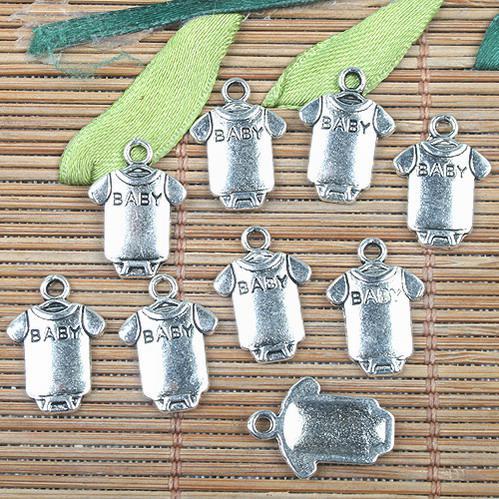 Aleación de metal de plata tibetana BABY ropa diseño encantos 36pcs EF0144