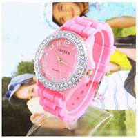 Heures en gros fashion Pink Silicone Crystal montre dames femmes Jelly Watch GV004-2