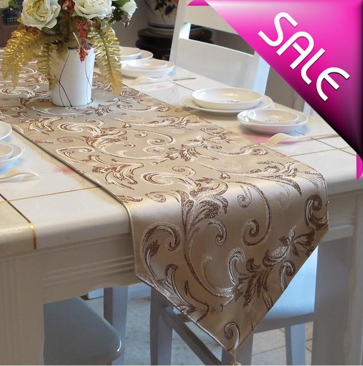 Home Decoration Table Runner With Tassels Luxurious