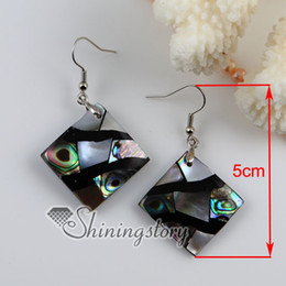Wholesale Earrings Oyster Shell - rhombus patchwork abalone white black oyster shell mother of pearl earrings seashell jewelry Fashion jewelry