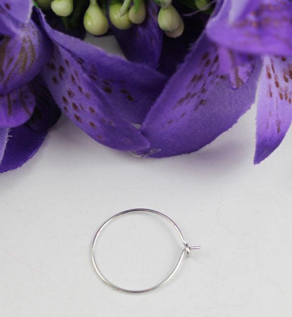 Silver Tone Vinglas Charm Wire Hoop Earings 20mm # 22528 Gratis frakt
