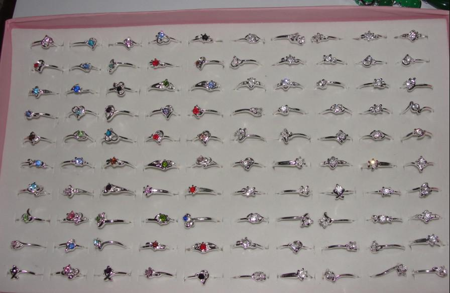 Ücretsiz kargo Moda Ucuz Paketlenmiş renkli kristal yüzük alaşım yüzük 30 adet Karışık boyut renk Nötr R