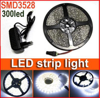 Bright White étanche 5M 300 LED Light Strip 60LED / m SMD 3528 LED flexible corde lampe + alimentation