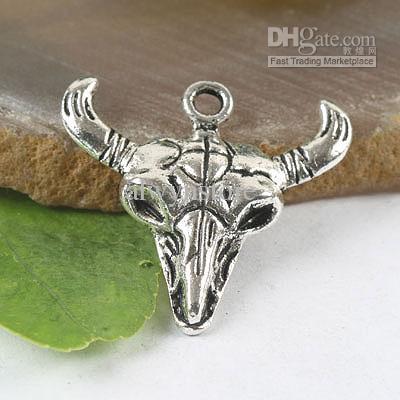 30 st tibetanska silver buffelskalle charms h0182